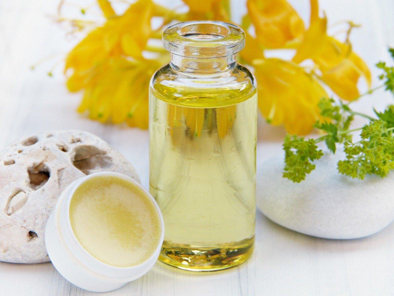 Peeling fai da te per il collo – ricetta veloce e perfetta per detergere in profondità.